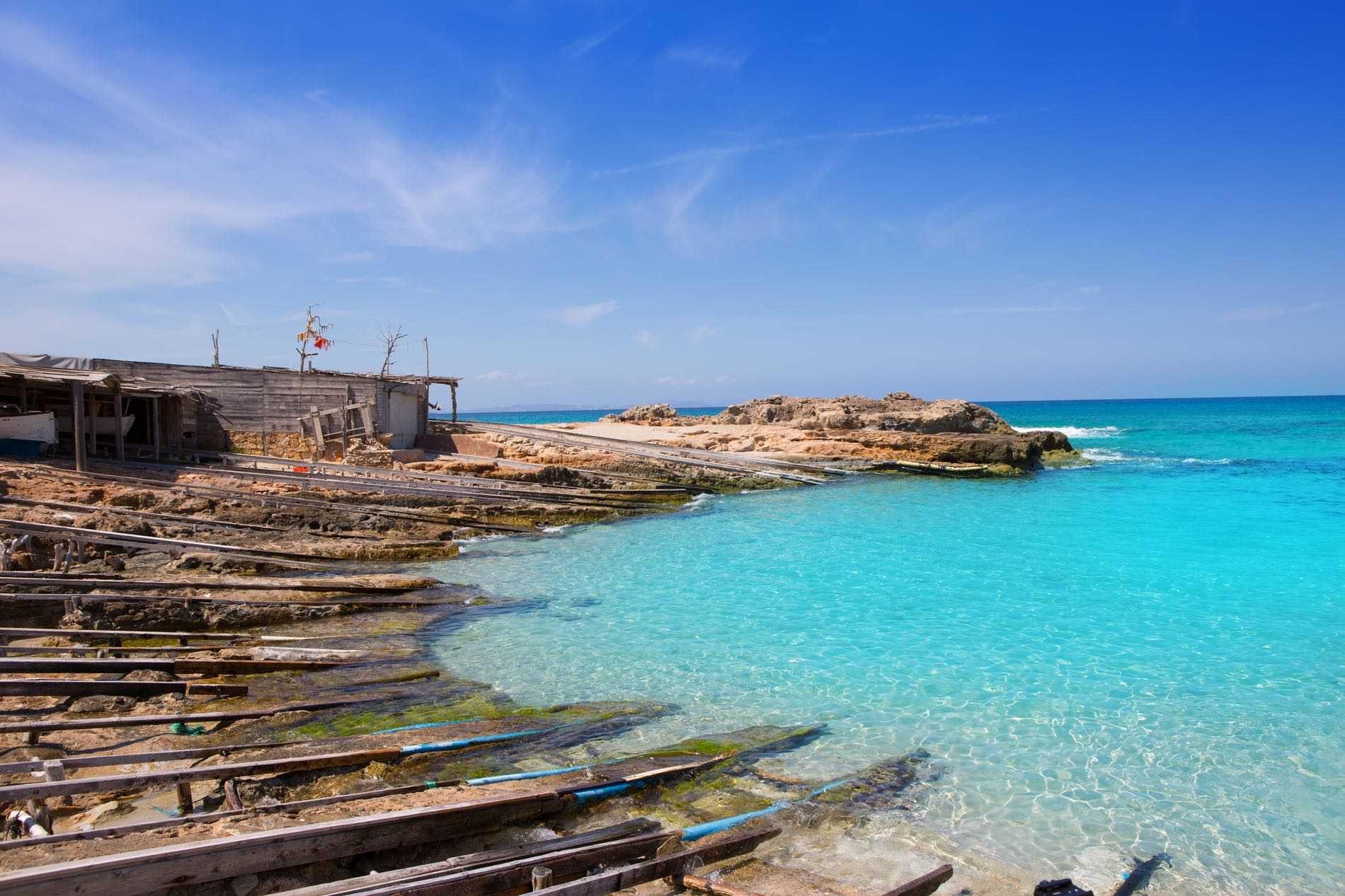 Ses Platgetes, la playa de Es Caló - 4mentera.com